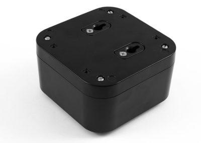 Hammond 1557 keyhole-flushmount-config